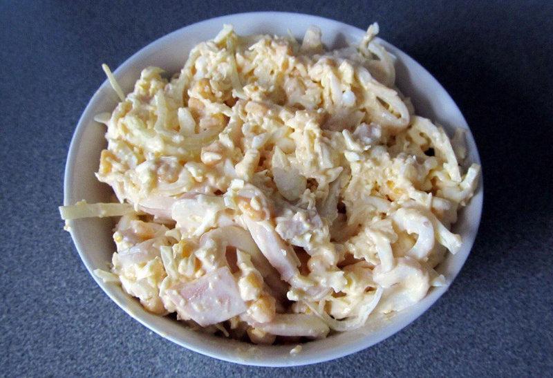 """Результат пошуку зображень за запитом """"Белковый салат из кальмаров с сыром"""""""